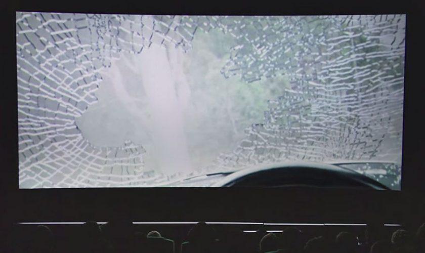 Volkswagen-Eyes-On-Road-Cinema-Stunt