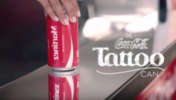 coca-cola-david-the-agency-coca-cola-cree-canettes-vous-permettent-vous-tatouer-votre-nom
