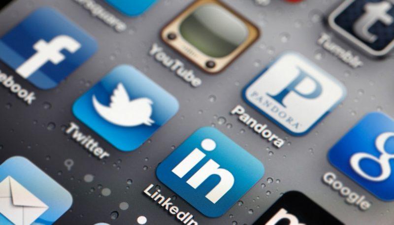 Social media marketing and organic traffic