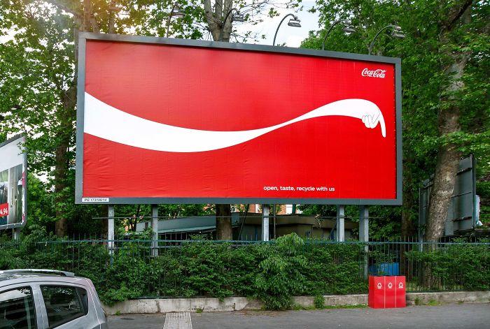 بیلبورد تبلیغاتی کوکا کولا   آیمارکتور