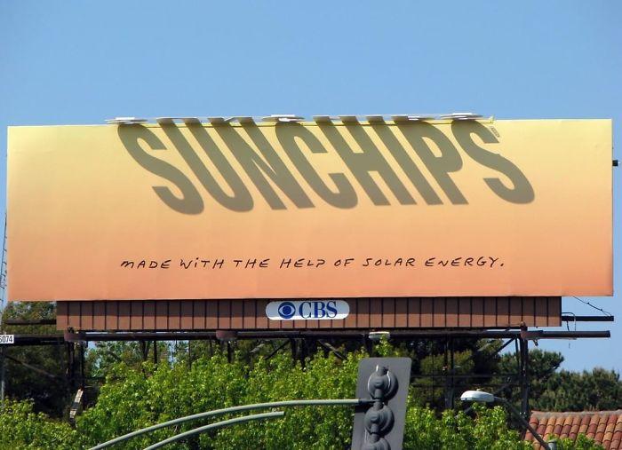 سان چیپس   بیلبورد تبلیغاتی مدرن و هوشمند   آیمارکتور