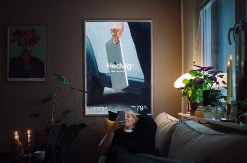 کسب درآمد در خانه با نصب بیلبورد تبلیغاتی اسپری خوشبو کننده Lynx   آیمارکتور